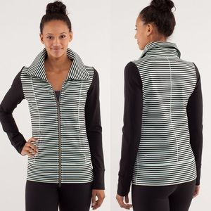Lululemon Daily Yoga Jacket Classic Stripe Mint